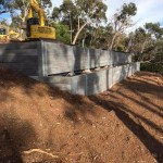 retaining wall upwey